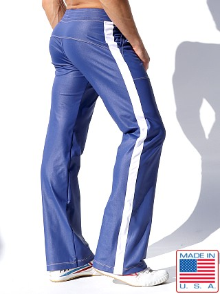 Model in royal Rufskin Shift Stretch Sport Pants