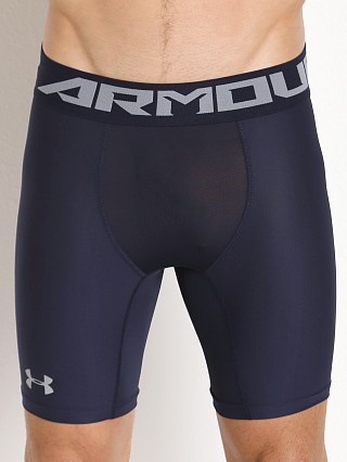 Model in midnight navy Under Armour 2.0 Mesh Front Compression Short