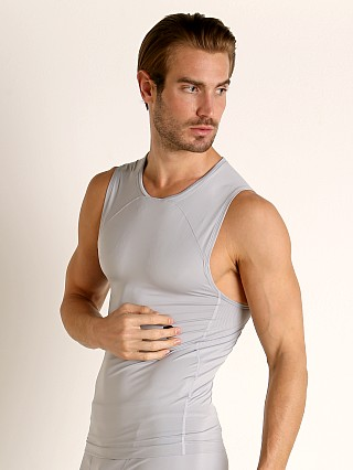 You may also like: Under Armour Rush Compression Tank Top Mod Gray
