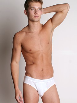 2xist Essential No-Show Brief White