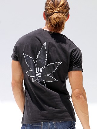 You may also like: Rufskin Ruflife Short Sleeve Crew Neck Tee Black