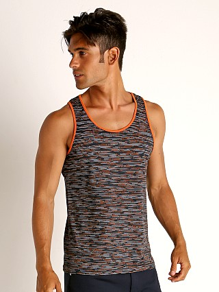 Model in grey/navy St33le Space Dye Mesh Stretch Tank Top