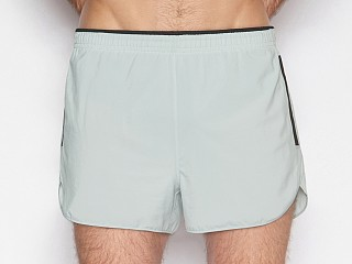 Model in flagpole grey C-IN2 Grip Athletic Run Short