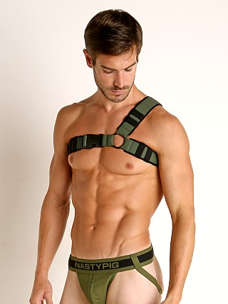 Model in black/beetle green Nasty Pig Designator Harness