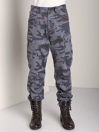 You may also like: G-Star Rovic Extra Loose Tapered Camo Pants