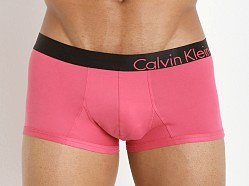 Calvin Klein Bold Micro Low Rise Trunk Forbidden Fruit