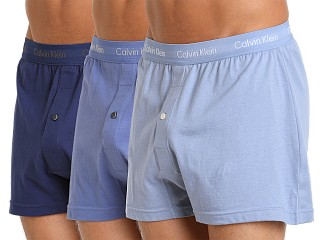 Model in blue depths/water reactions/boardwalk blue Calvin Klein Cotton Classics Knit Boxer 3-Pack Blue/Water/Blue