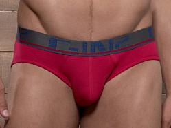 C-IN2 Pop Colors Lo No Show Brief Extra Magenta