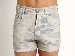 You may also like: Modus Vivendi Desert Shorts Sand