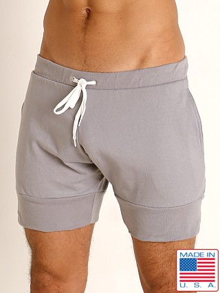 Model in pewter Go Softwear Moderne Harbor Short