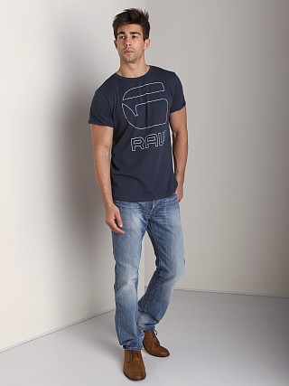You may also like: G-Star 3301 Straight Jeans Memphis Denim