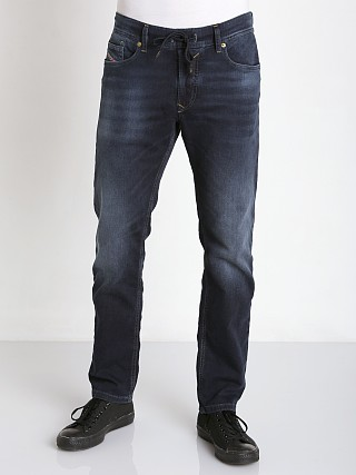 You may also like: Diesel Waykee Jogg Jeans 848K
