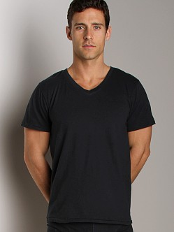 Nudie Jeans Organic Cotton V-Neck Shirt Black