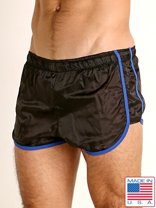 Model in black/blue Go Softwear Hard Core Flexxx Racer Short