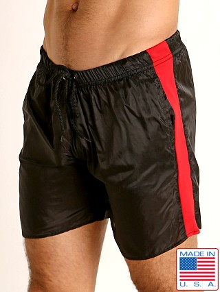 Model in black/red Go Softwear Hard Core Flexxx Gym Short