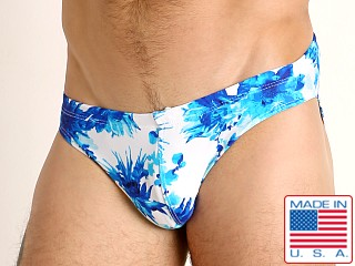 Model in moulin bleu LASC St. Tropez Low Rise Swim Brief