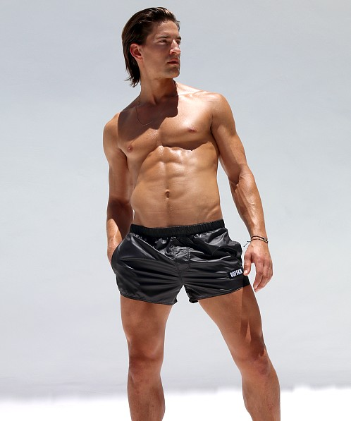 Rufskin Flip Wet Finish Nylon Sport & Swim Shorts Black
