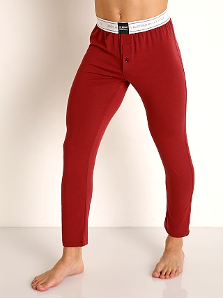 Model in cabernet 2EROS Core Lounge Pants