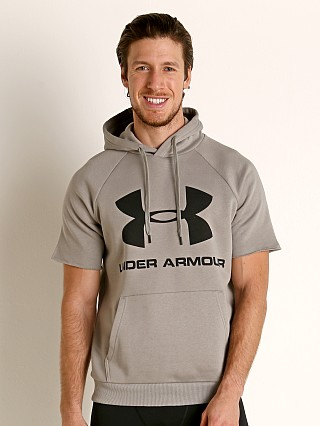 Model in gravity green/grey Under Armour Rival Fleece Logo Shortsleeve Hoodie Green/Gray