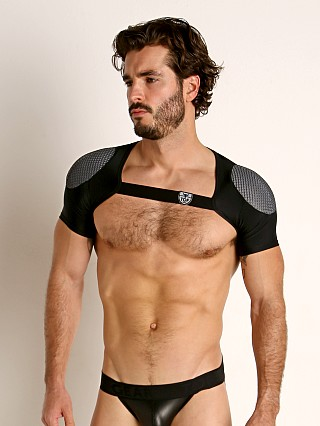 Model in black/grey TOF Paris 3D Shoulder Harness