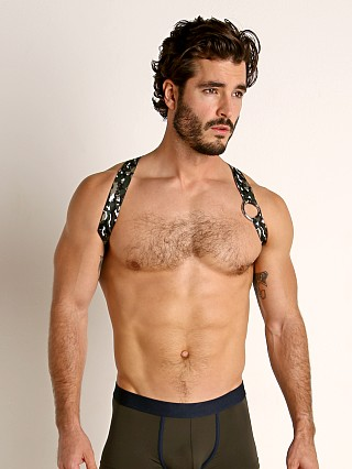 Model in khaki camo TOF Paris Party Boy Elastic Harness
