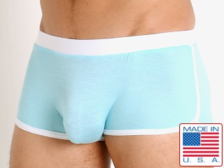 Model in glacier blue Go Softwear Body 2 Extreme Retro Trunk