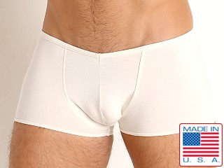 Model in ivory Go Softwear Miami Heat V-Front Trunk
