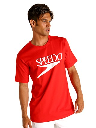 Model in red Speedo Vintage Logo T-Shirt