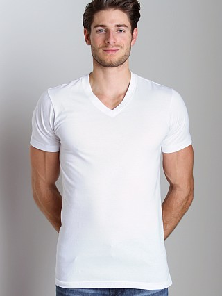 Model in white 2xist 3-Pack Jersey V-Neck T-Shirts