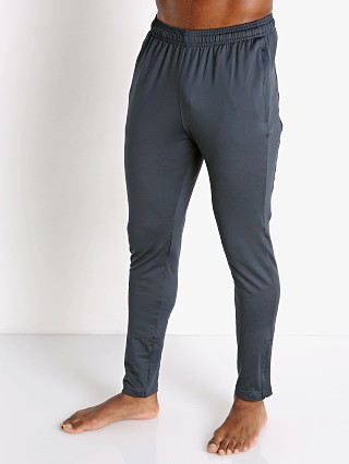 Model in anthracite grey Under Armour Challenger II Training Pant