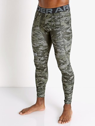 Model in baroque green Under Armour HeatGear Camo Compression Leggings