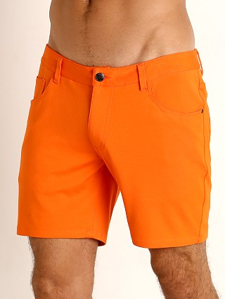 Model in carrot St33le Knit Jeans Shorts