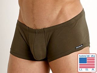 Model in olive Rick Majors UltraLite Stretch Cotton Trunk
