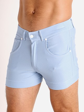 Model in light blue Modus Vivendi Jeans Line Short Shorts
