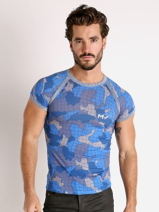 Model in blue Modus Vivendi Trapped Camo T-Shirt