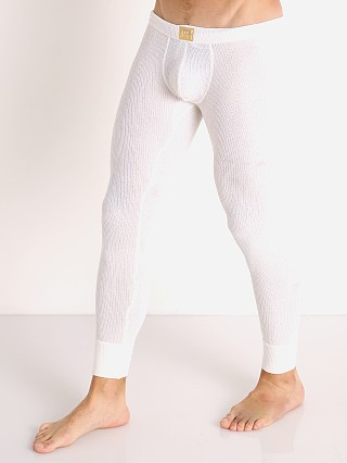 Model in off-white Modus Vivendi Smooth Knit Tights