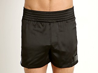 Model in black Modus Vivendi Hip-Hop 90s Gym Shorts