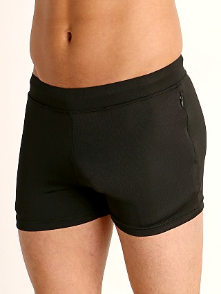 Model in black Timoteo Pride Short